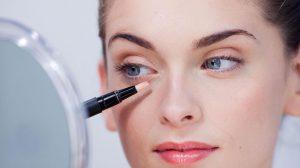 Haut um die Augen herum und Concealer – geprüfte Make-up-Tricks